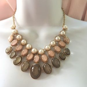 NY Statement Necklace Gold Pearls Neutrals